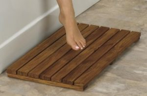 Why Teak Bath Mats Should Be The First Choice For Your Bathroom?